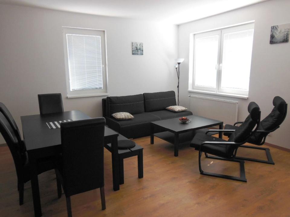 Apartmán *** Bratislava - kuchyňa + jedáleň